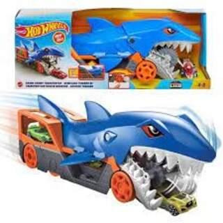 Hotwheels Köpek Balığı Taşıyıcısı